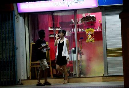 Whores Singapore