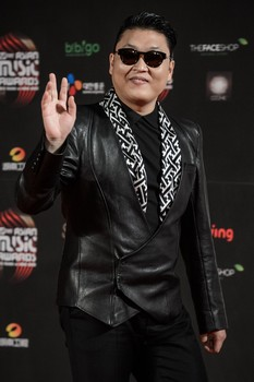 PSY, Big Winner at Mnet Asian Music Awards 2012